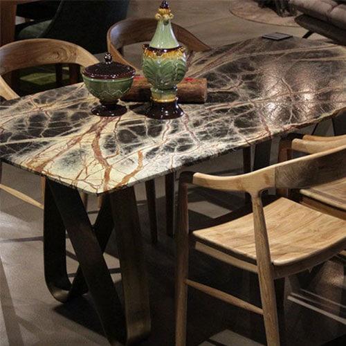 4-kisilik-kahverengi-beyaz-mermer-masa.jpg