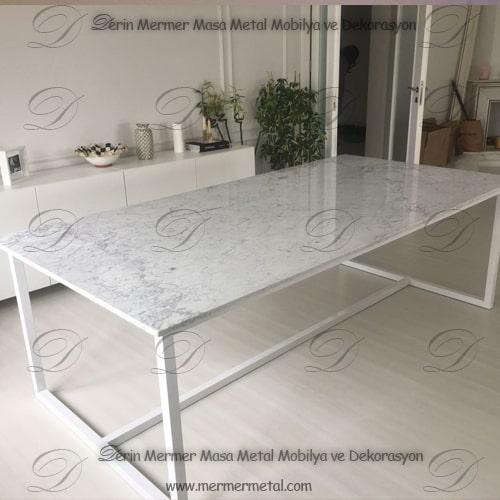 beyaz-mermer-masa.jpg